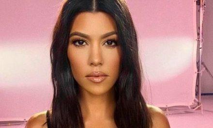 Aprende a preparar un exfoliante de labios natural con Kourtney Kardashian