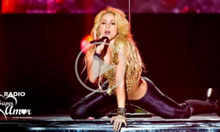Shakira – Loca (Live From Paris)